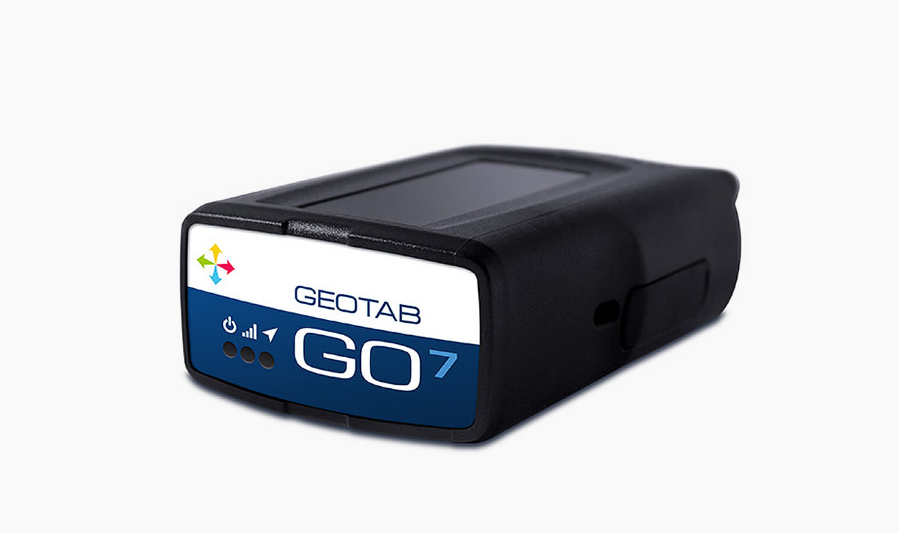 go7-geotab-pantalla-solucion-combustible-camion